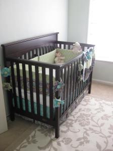 The crib & bedding
